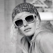 Lindsey Jacobellis - Snowboard Cross Legend wearing Bolle Damone