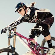 Pro Downhill Mountain Biker - Sabrina Jonnier wearing Bolle Draft