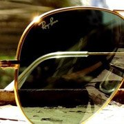 Another great photo of the iconic Aviators from Ray-Ban fan Viraj Dalvi