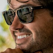 Matt Wright - Wildlife Conservationist and Bush Pilot wearing Serengeti Large Carlo